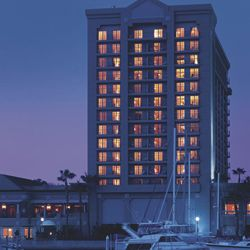 The Ritz-Carlton Marina Del Rey 4